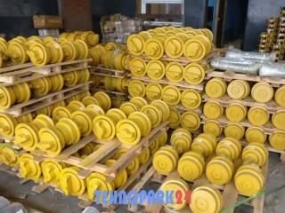 Каток опорный 207-30-00531 для Komatsi PC300